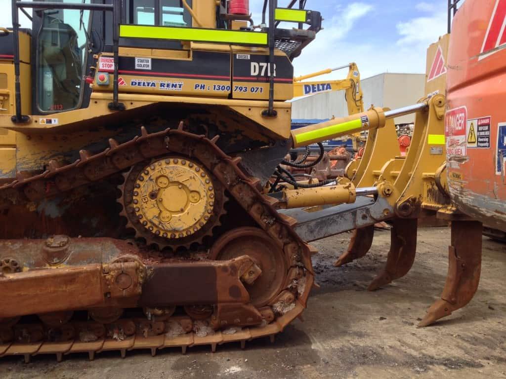 Cat D7r Heavy Equipment Refinishing